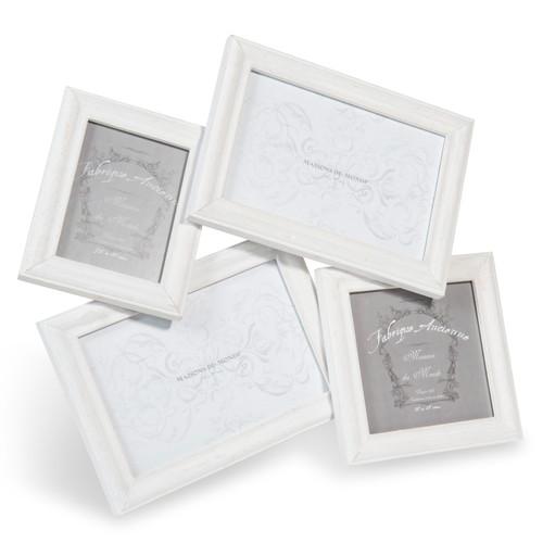 cadre photo 4 vues en bois blanche 30 x 32 cm laura maisons du monde. Black Bedroom Furniture Sets. Home Design Ideas