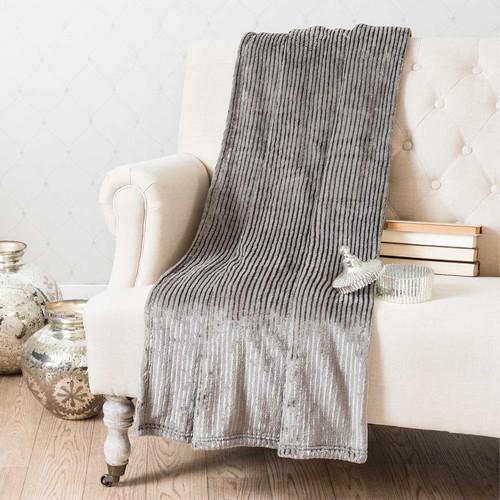 plaid en tissu gris 150 x 230 cm boudoir maisons du monde. Black Bedroom Furniture Sets. Home Design Ideas