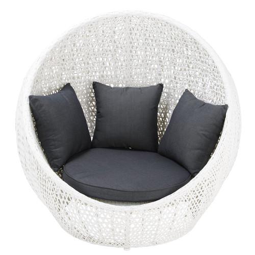 fauteuil de jardin en r sine tress e blanc durban maisons du monde. Black Bedroom Furniture Sets. Home Design Ideas