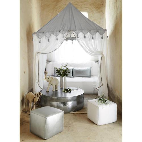 Tente orientale blanche goa maisons du monde for Table exterieur orientale