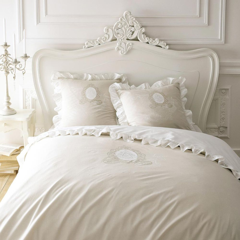 parure housse de couette beige 260x240 2 taies d 39 oreiller romance maisons du monde. Black Bedroom Furniture Sets. Home Design Ideas