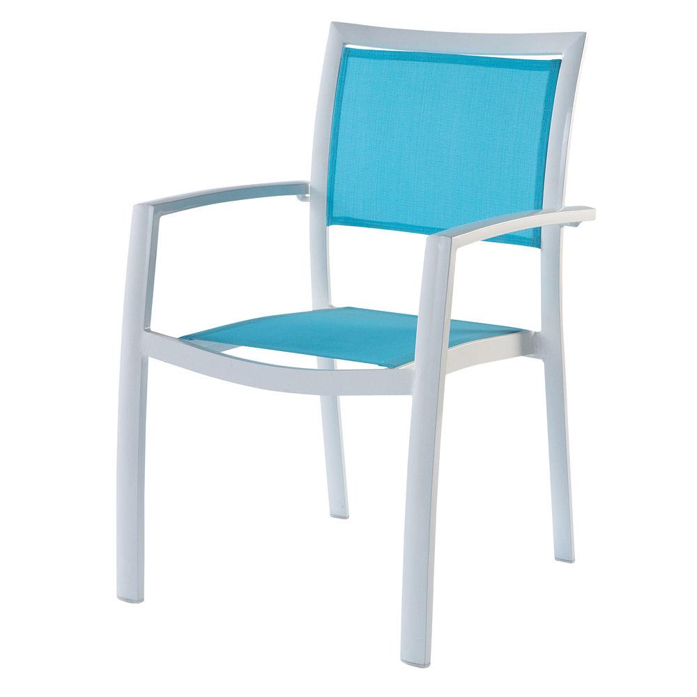 Chaise longue de jardin en r sine tress e for Chaise longue en resine tressee pas cher
