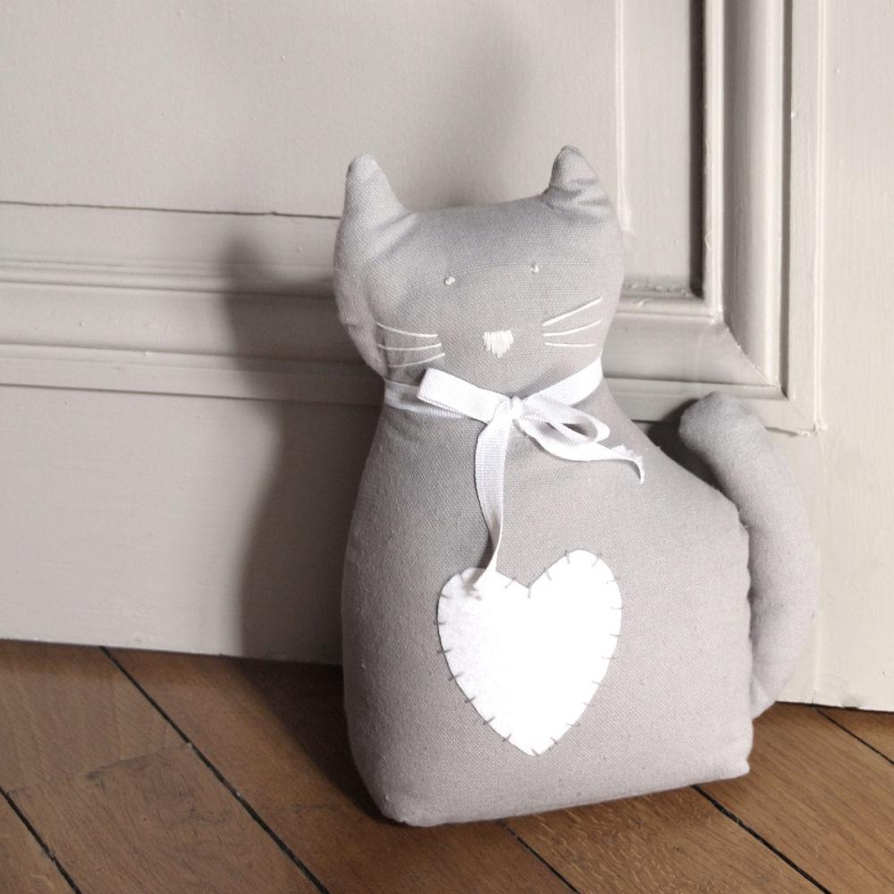 Cale porte chat gris maisons du monde for Decoration porte gris