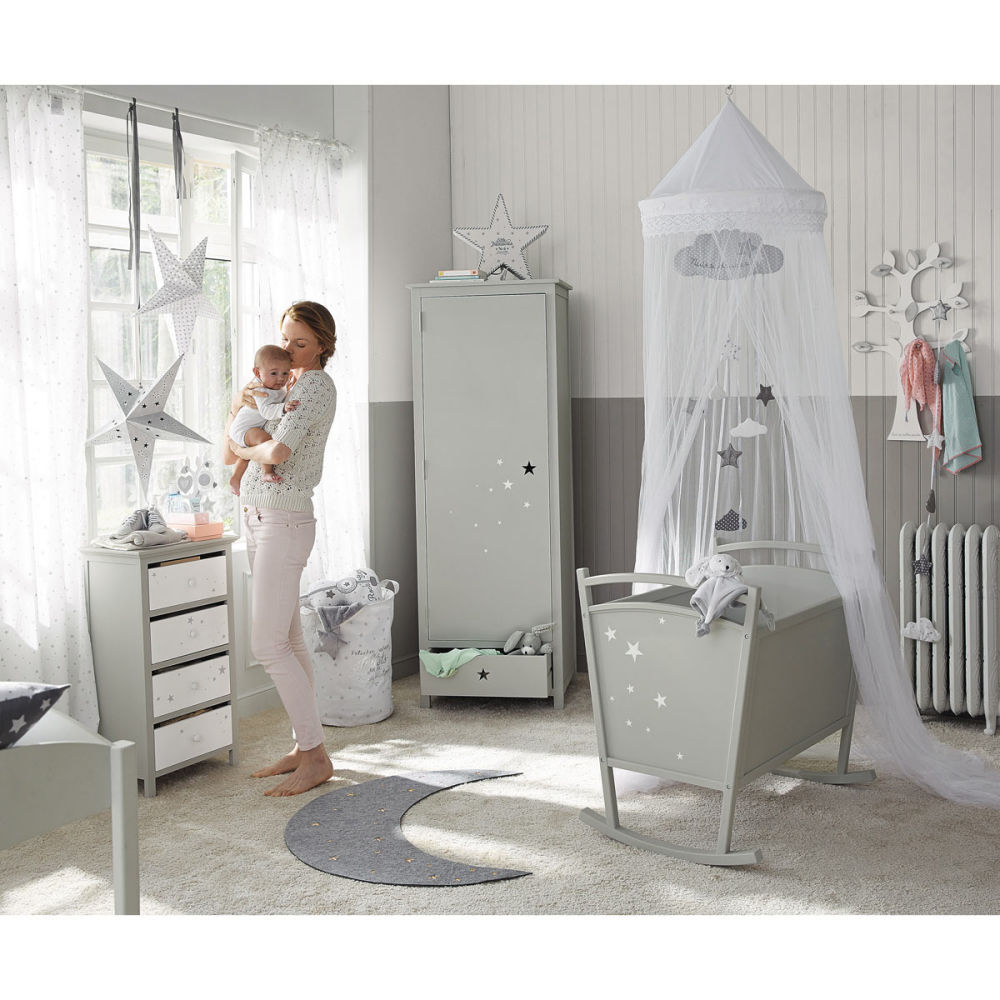 Chambre bebe deco etoile for Idee chambre fille 10 ans