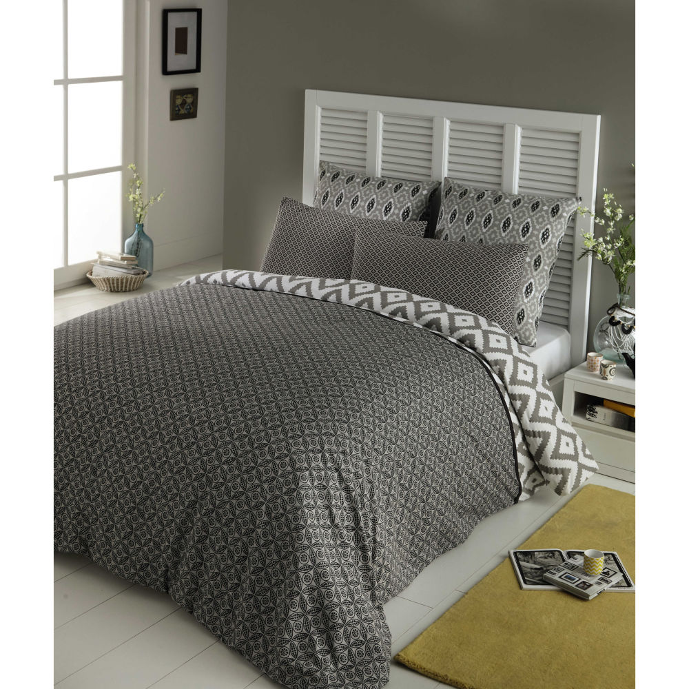 free parure de lit x cm en coton grise maloni with tapis zebre maison du monde. Black Bedroom Furniture Sets. Home Design Ideas