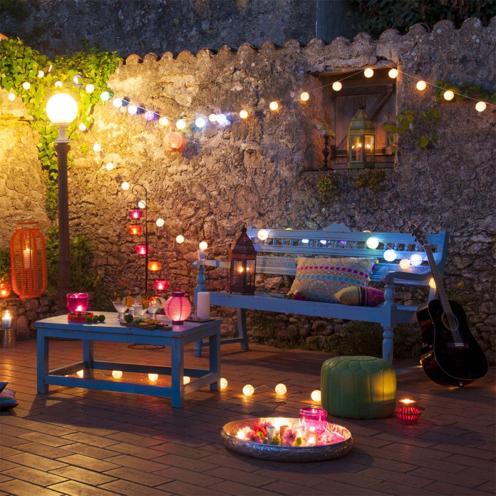 guirlande lumineuse ambiance reveuse. Black Bedroom Furniture Sets. Home Design Ideas