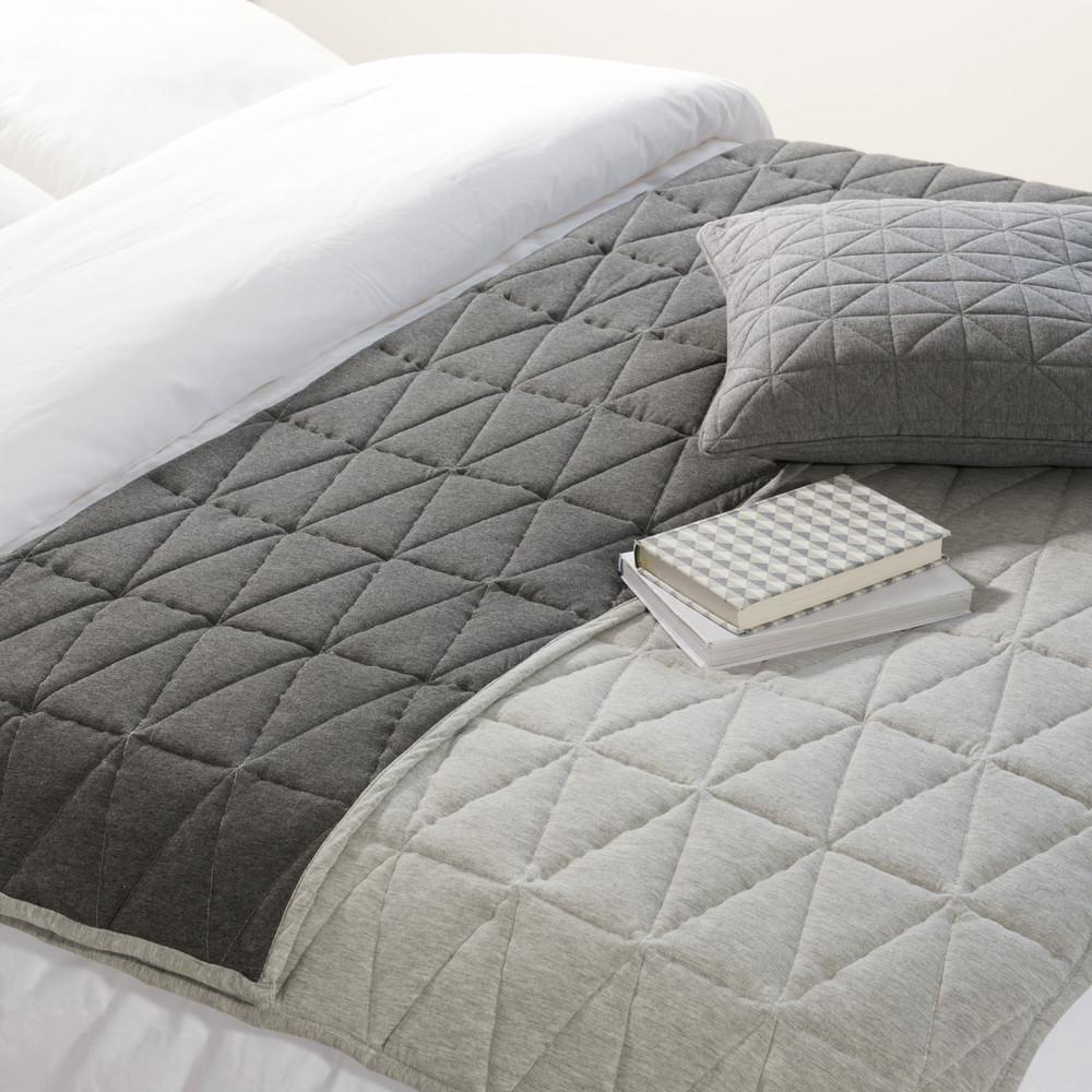 boutis en coton gris 130 x 160 cm trigone maisons du monde. Black Bedroom Furniture Sets. Home Design Ideas