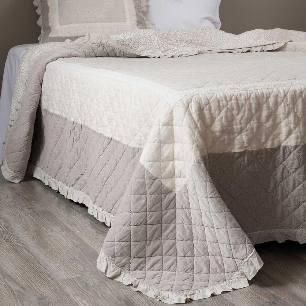 boutis en velours 180 x 240 cm am lie maisons du monde. Black Bedroom Furniture Sets. Home Design Ideas
