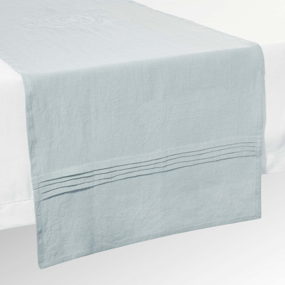 chemin de table en lin bleu l 150 cm volanges maisons du. Black Bedroom Furniture Sets. Home Design Ideas