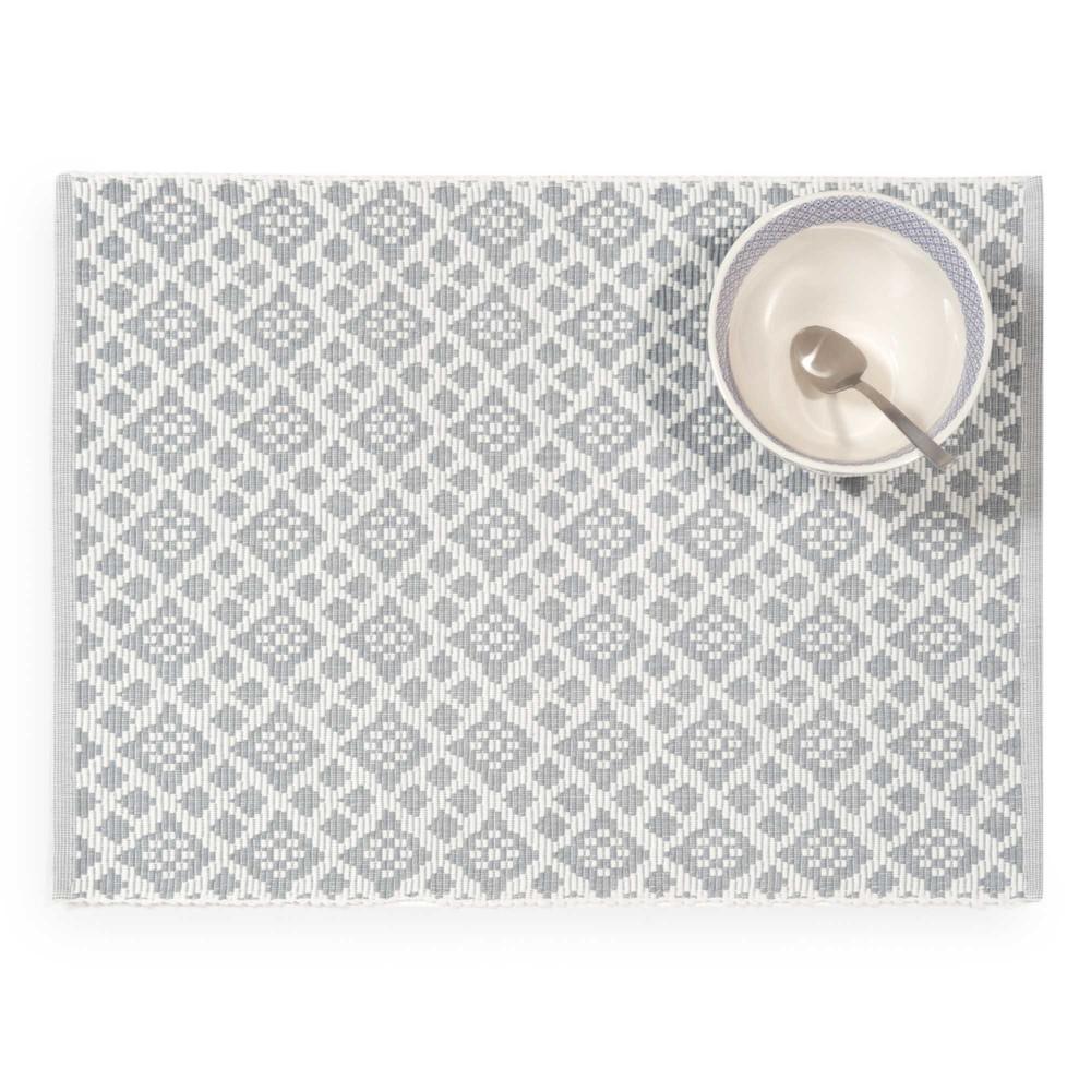 Chemin de table motifs gris et blancs hendaye maisons du for Chemin de table gris et blanc