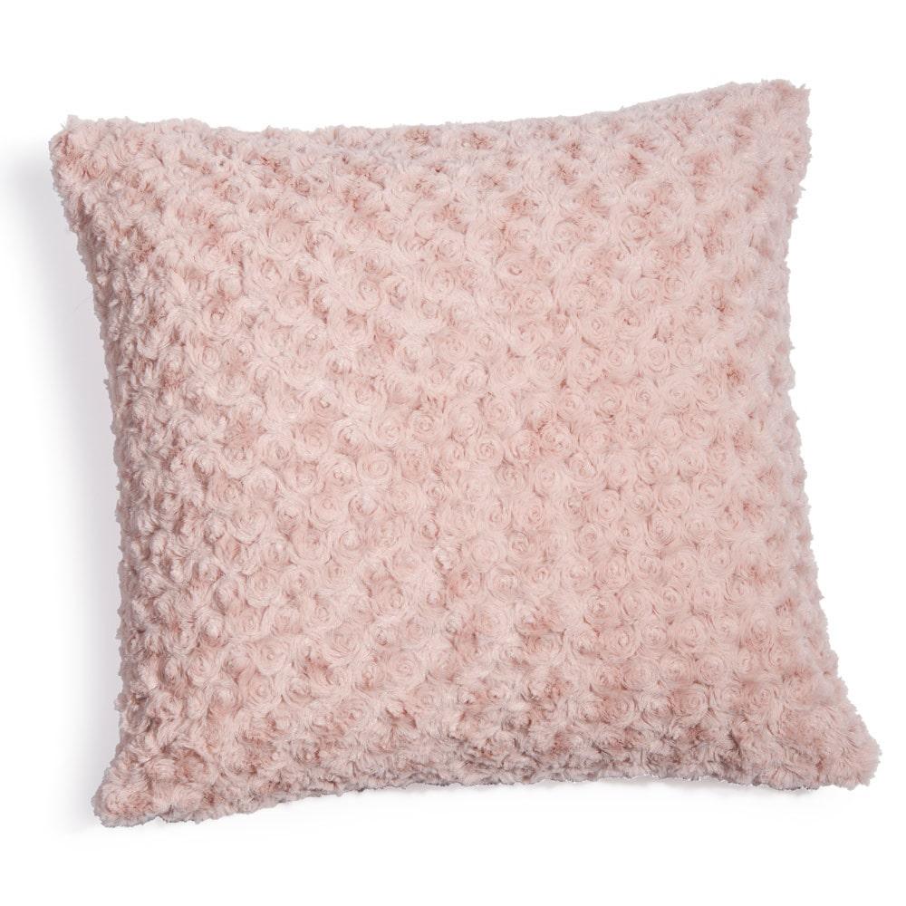 Coussin en fausse fourrure rose 45 x 45 cm maisons du monde for Housse de coussin pas cher