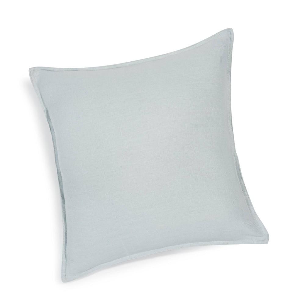 coussin en lin lav bleu glacier 45 x 45 cm maisons du monde. Black Bedroom Furniture Sets. Home Design Ideas