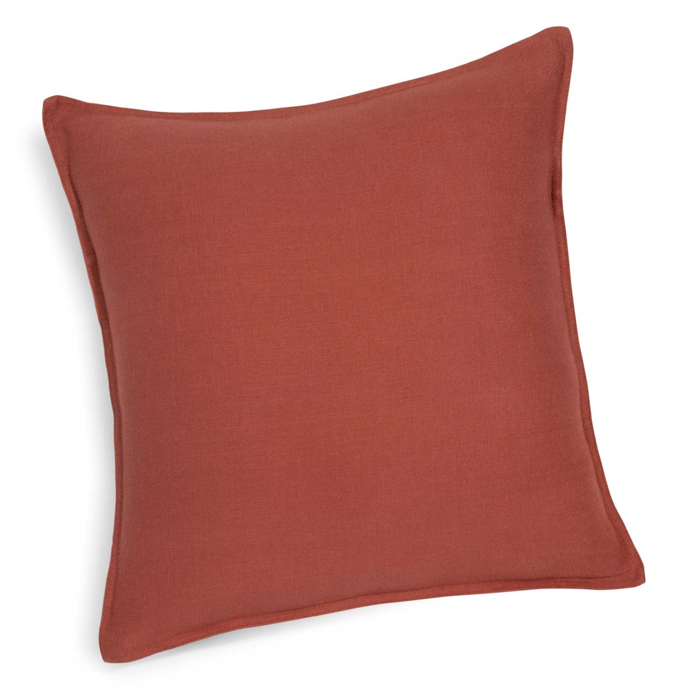 coussin en lin lav rouge cayenne 60 x 60 cm maisons du monde. Black Bedroom Furniture Sets. Home Design Ideas