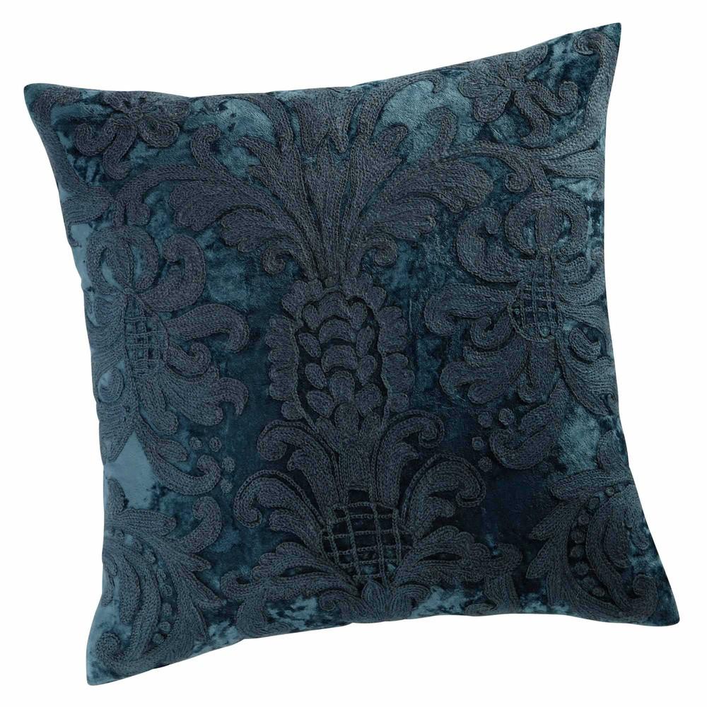 coussin en velours et laine brod bleu 45 x 45 cm peruge maisons du monde. Black Bedroom Furniture Sets. Home Design Ideas