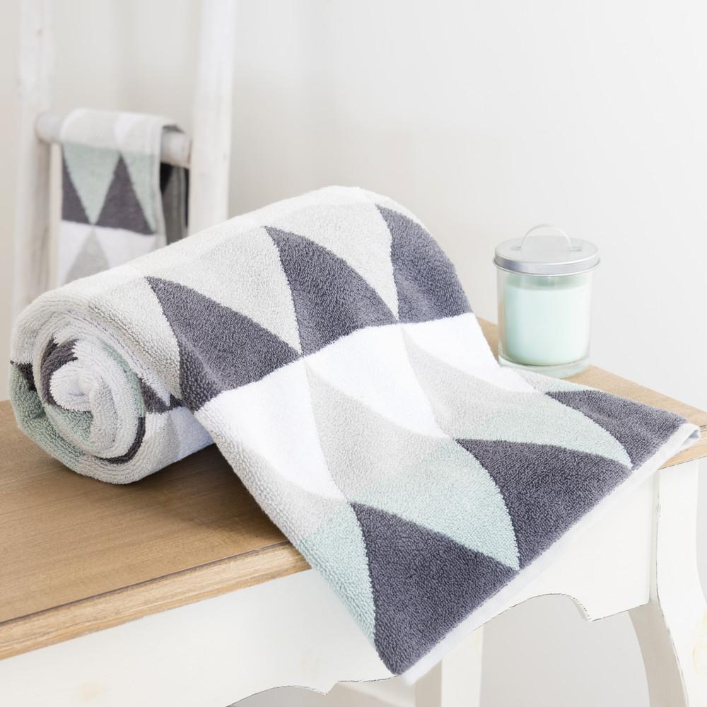 drap de bain en coton gris 50 x 100 cm triangle maisons du monde. Black Bedroom Furniture Sets. Home Design Ideas