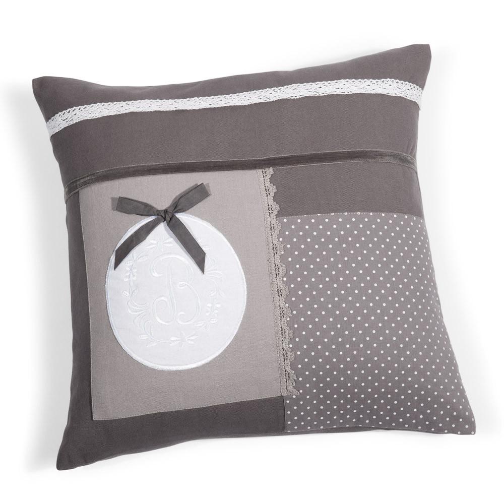 housse de coussin patchwork en coton grise 40 x 40 cm. Black Bedroom Furniture Sets. Home Design Ideas