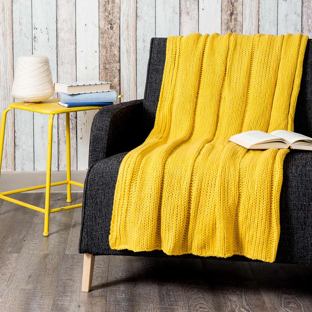 jet tricot jaune 127 x 152 cm kernevel maisons du monde. Black Bedroom Furniture Sets. Home Design Ideas
