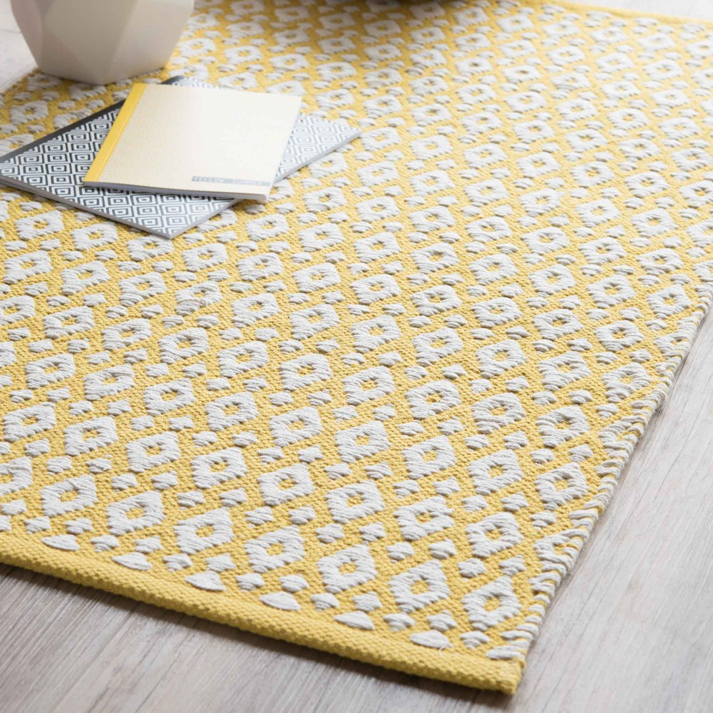 leiria cotton rug yellow 60 x 90 cm maisons du monde. Black Bedroom Furniture Sets. Home Design Ideas