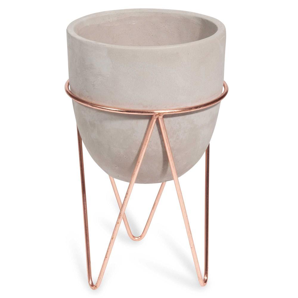 Macetero con pie de cemento y hierro forjado copper - Maceteros de pie ...
