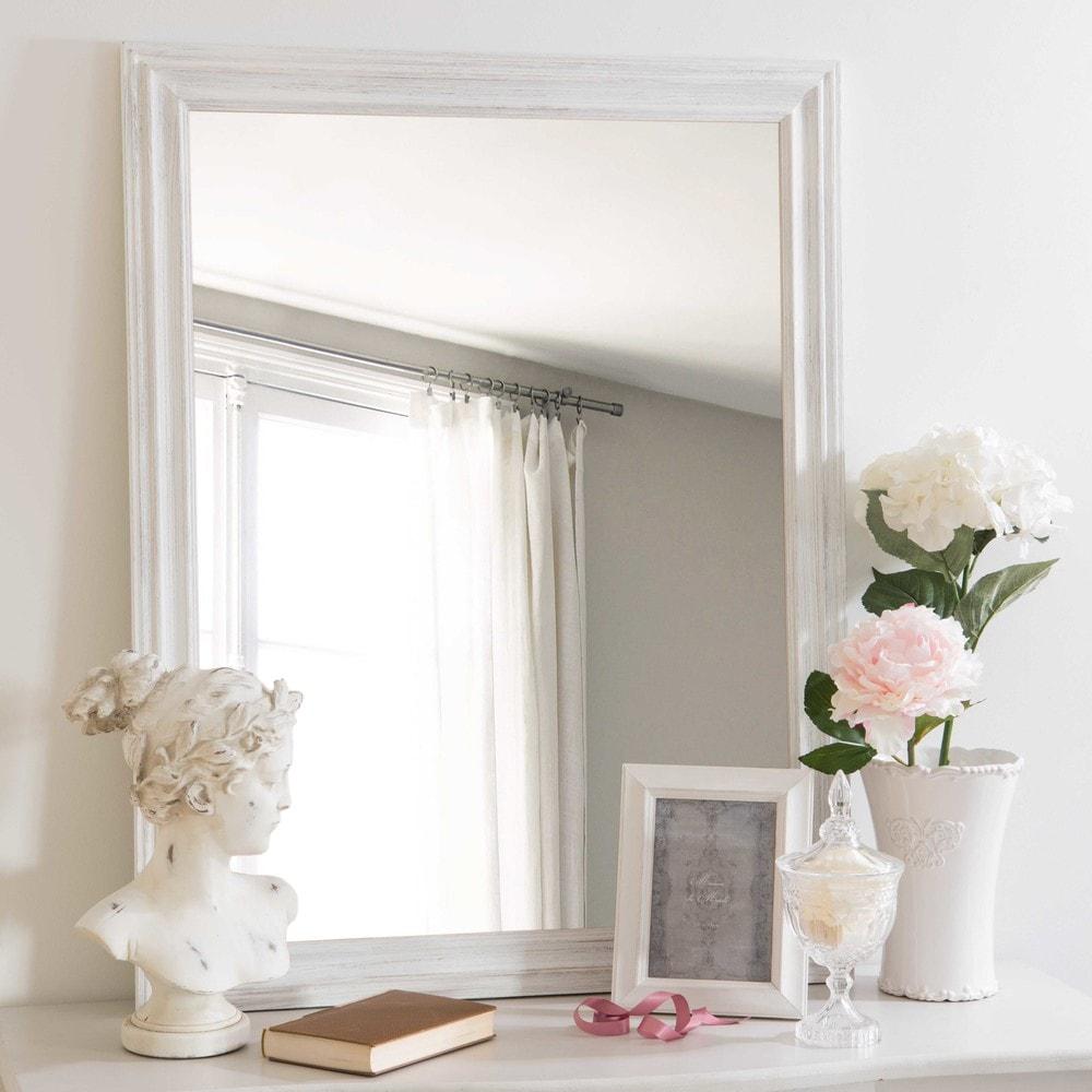 Miroir en paulownia blanc vieilli 70x90cm lyna maisons for Miroir blanc vieilli