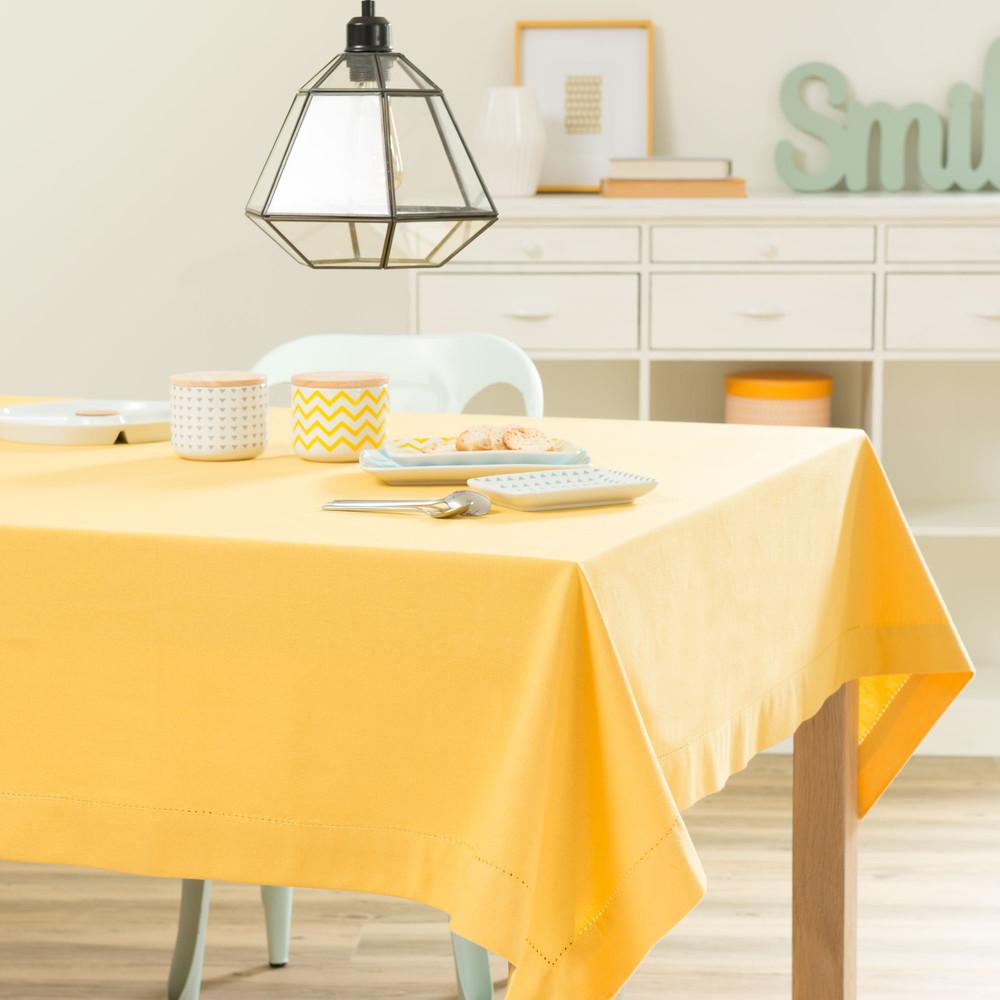 nappe unie en coton jaune moutarde 150 x 250 cm maisons du monde. Black Bedroom Furniture Sets. Home Design Ideas