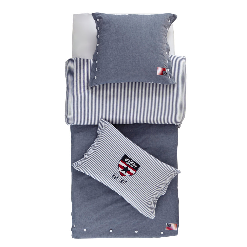 parure de lit en chambray de coton bleu 140x200 princeton maisons du monde. Black Bedroom Furniture Sets. Home Design Ideas