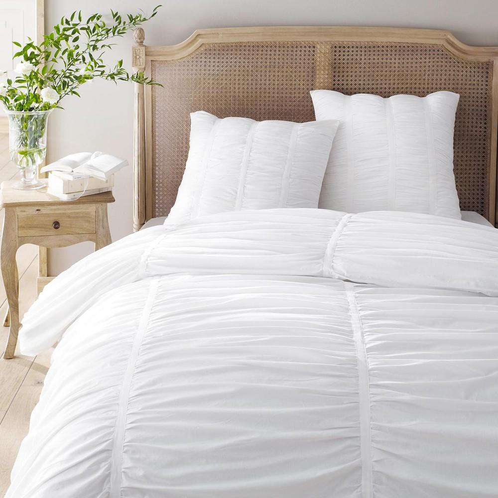 parure housse de couette blanche 240x220 2 taies d 39 oreiller galante m. Black Bedroom Furniture Sets. Home Design Ideas