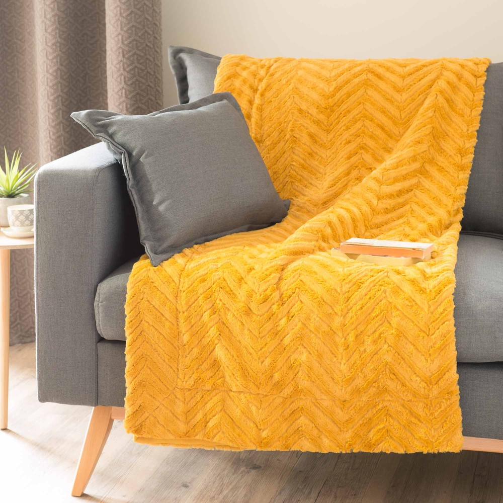 Pearson faux fur throw in mustard 130 x 170cm maisons du - Plaid et jete de canape ...