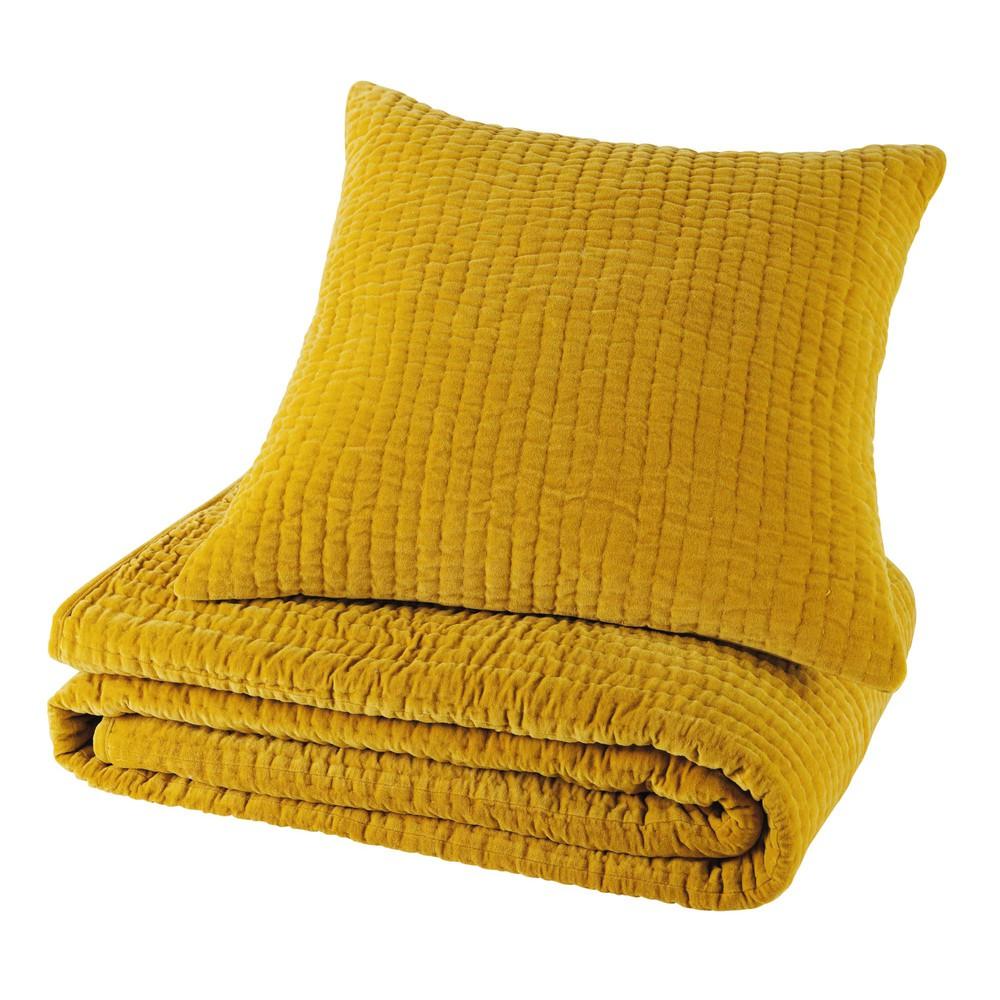 piqu velvet cushion in mustard yellow 60 x 60cm maisons du monde. Black Bedroom Furniture Sets. Home Design Ideas