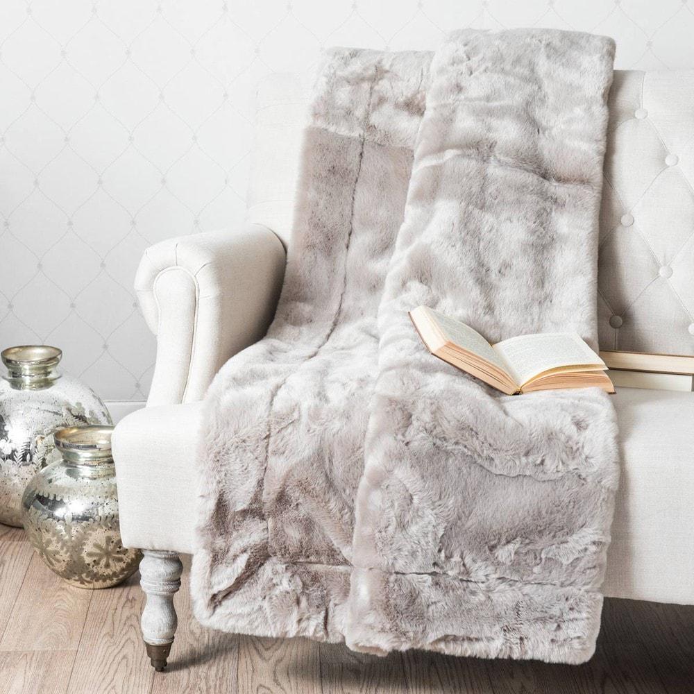 plaid swart aus kunstfell grau 150x180 maisons du monde. Black Bedroom Furniture Sets. Home Design Ideas