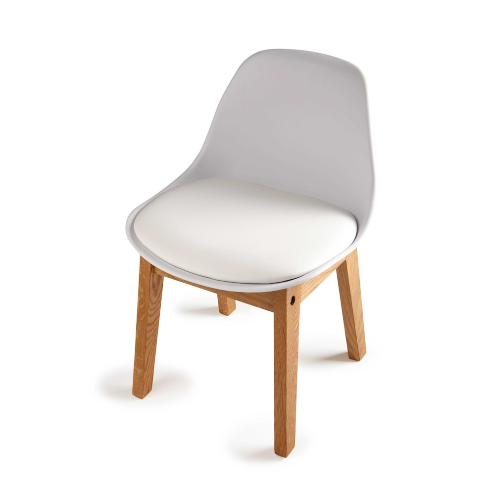 scandinavian style children 39 s chair in white ice maisons. Black Bedroom Furniture Sets. Home Design Ideas