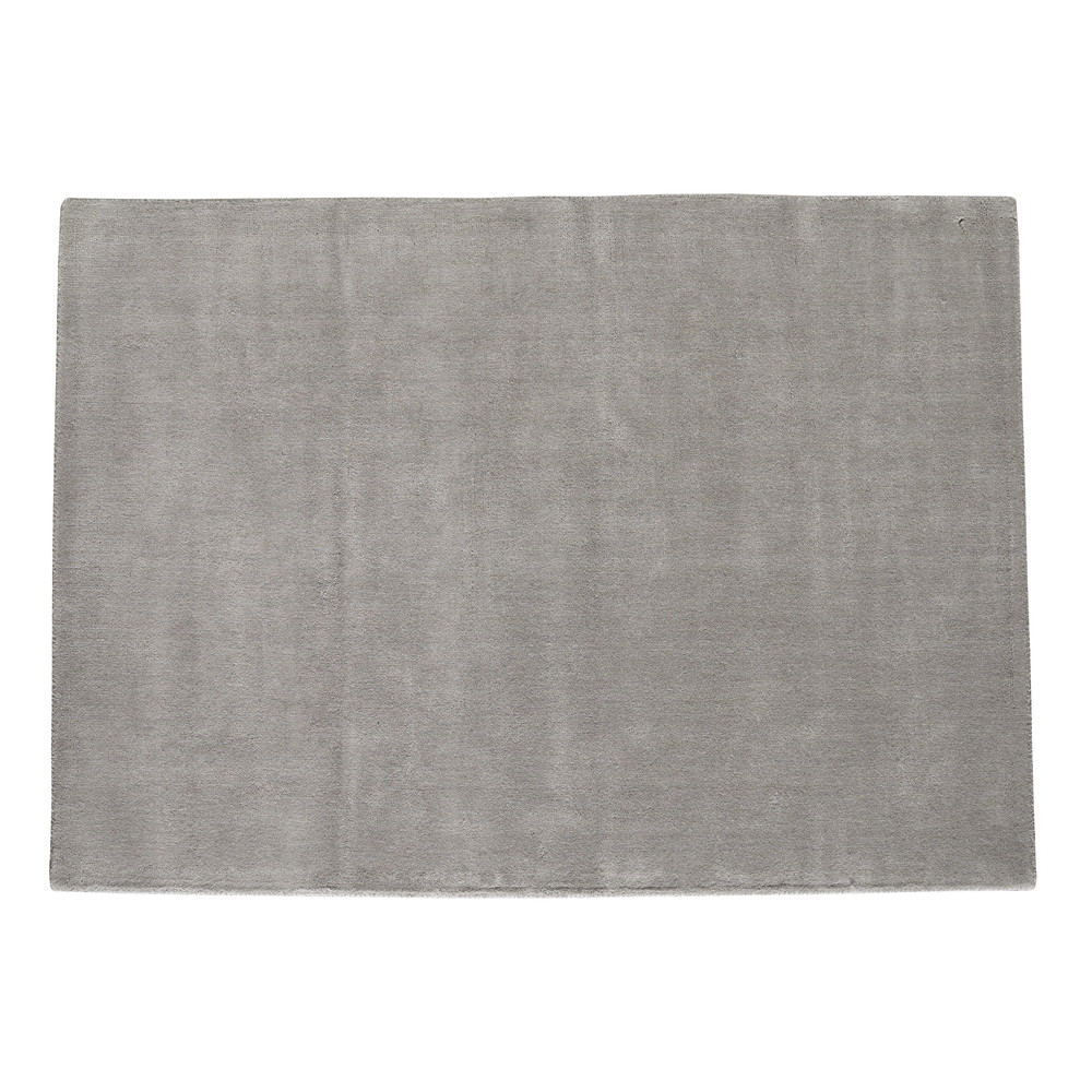 Soft woollen low pile rug in grey 140 x 200cm maisons du for Decor 140 rugs
