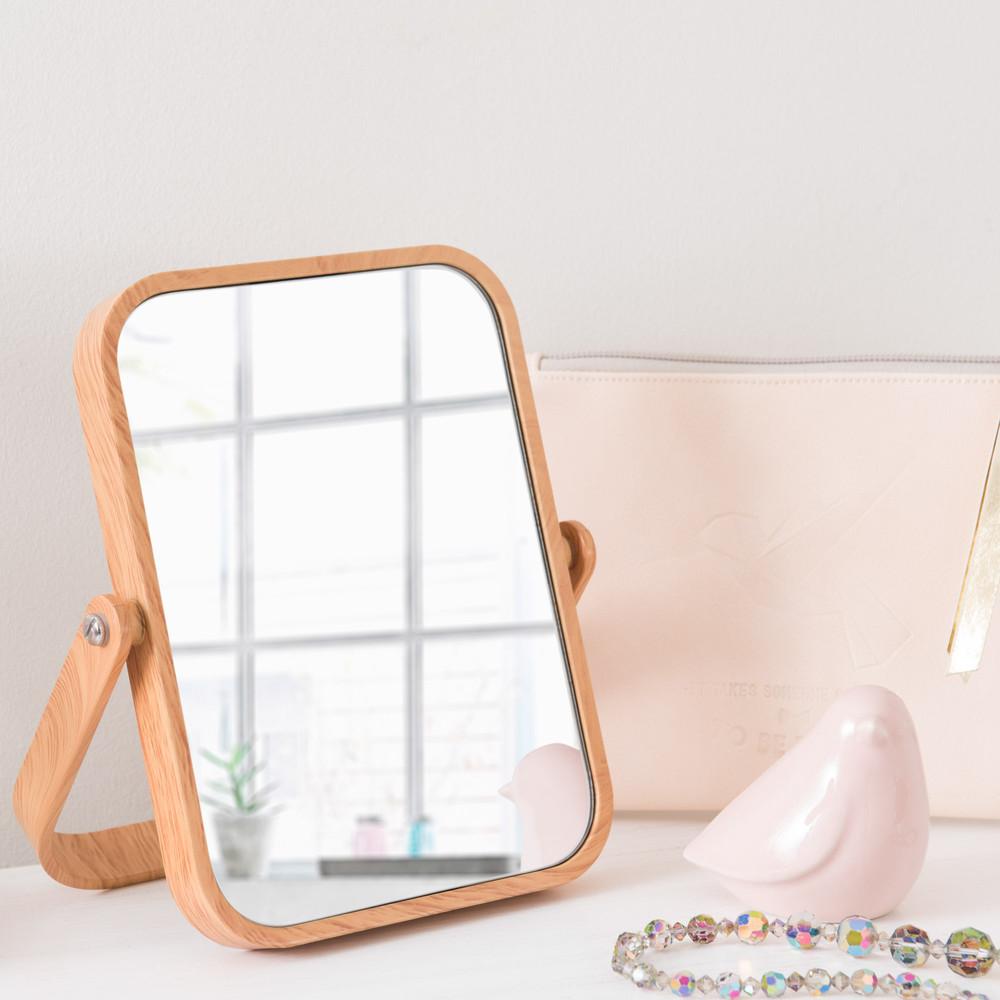 Specchio da tavolo in plastica simil legno scandinavian - Specchio di plastica ...