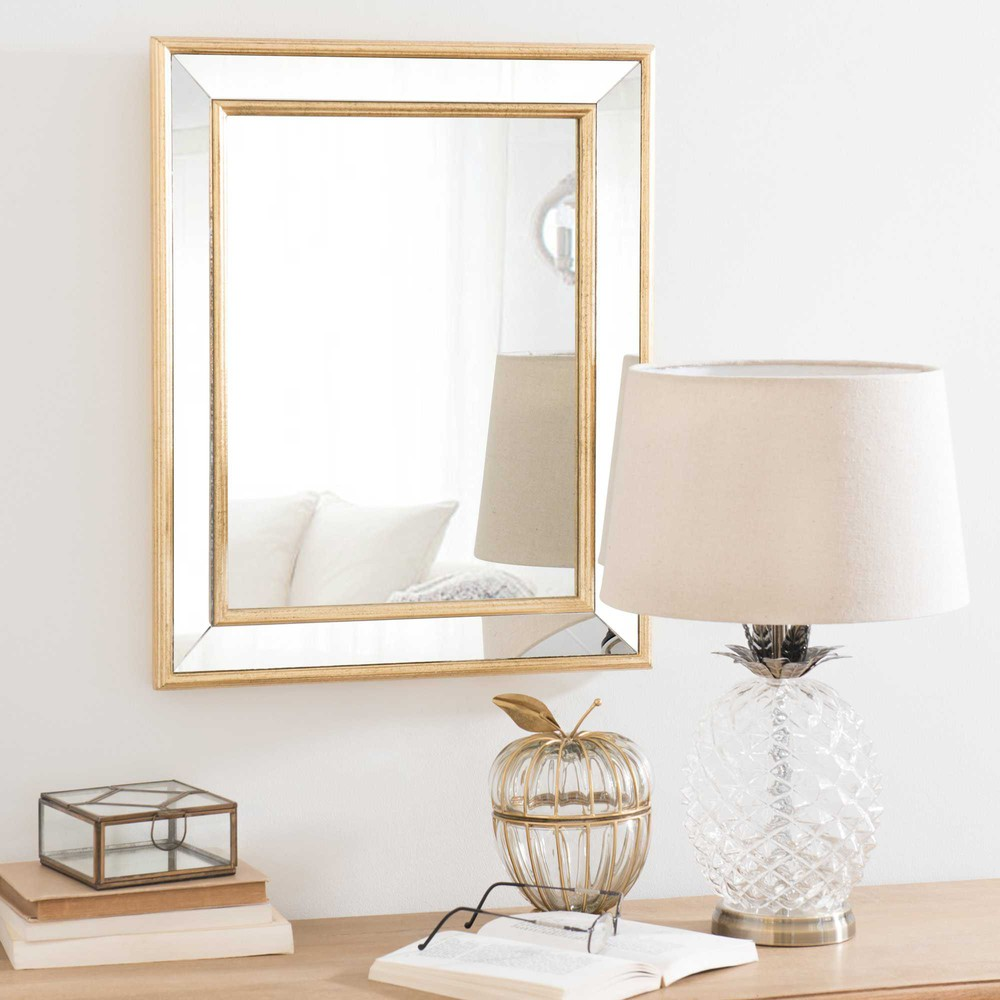 Specchio dorato in paulonia 40x50cm tamra maisons du monde for Specchio da parete maison du monde