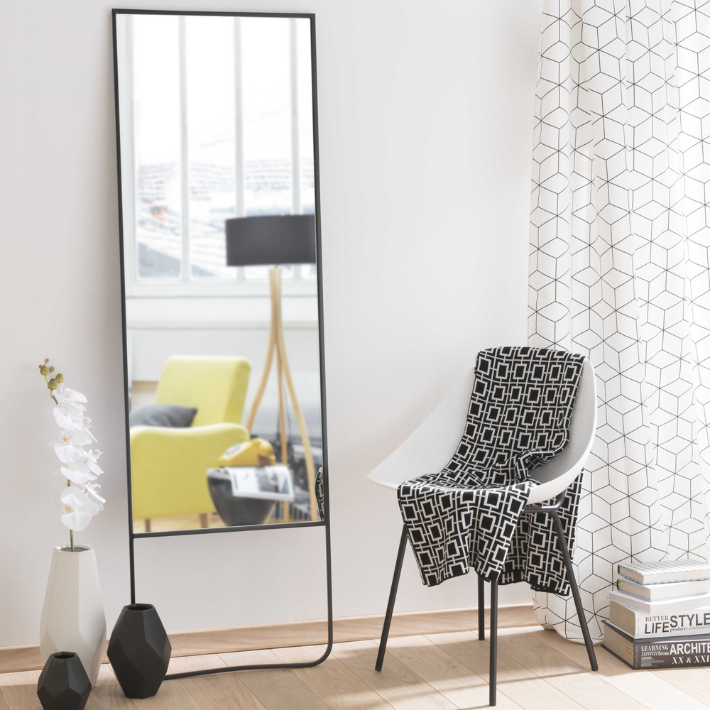 spiegel met metalen lijst zwart hoogte 160 cm stenford maisons du monde. Black Bedroom Furniture Sets. Home Design Ideas