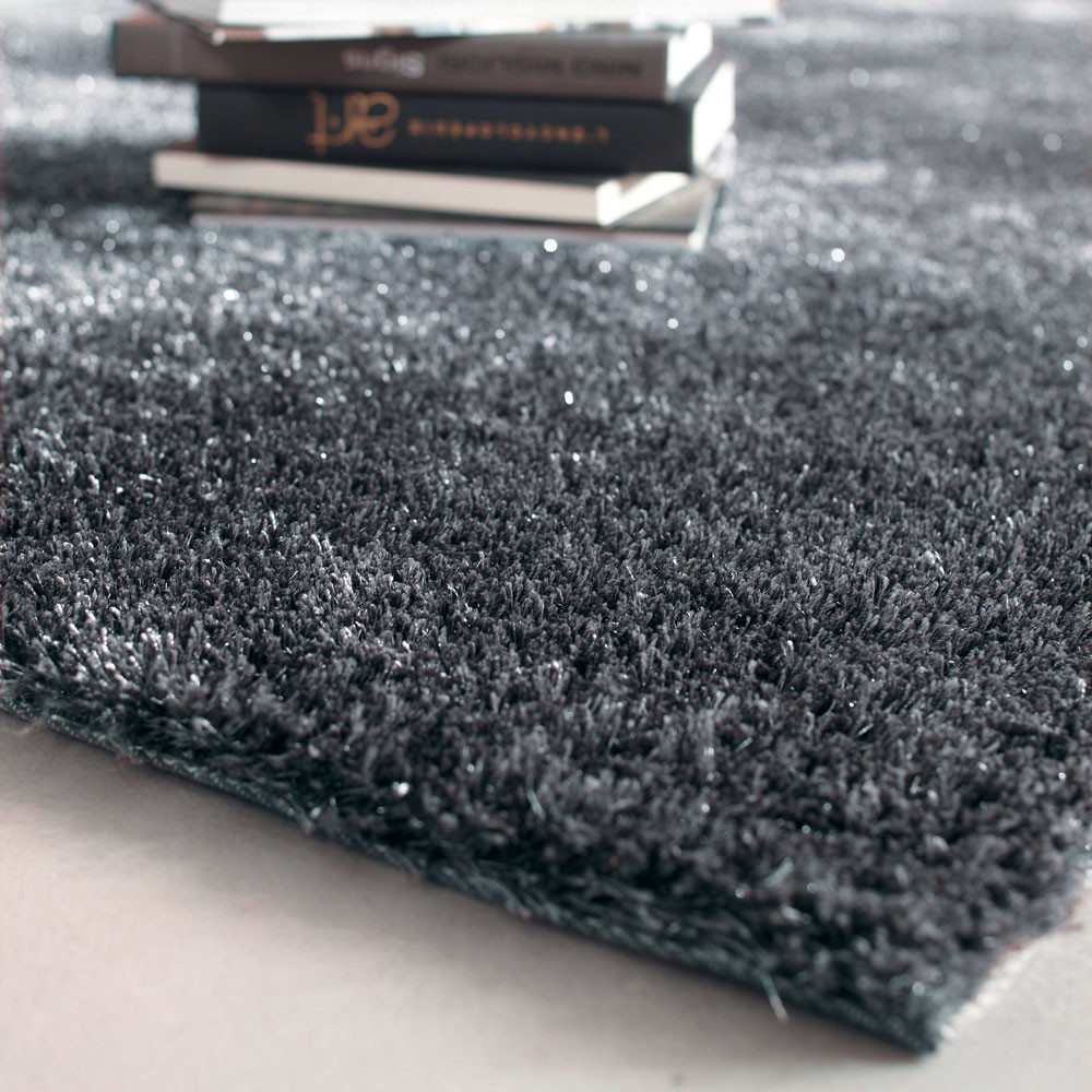tapis poils longs en tissu gris 160 x 230 cm lumi re maisons du monde. Black Bedroom Furniture Sets. Home Design Ideas