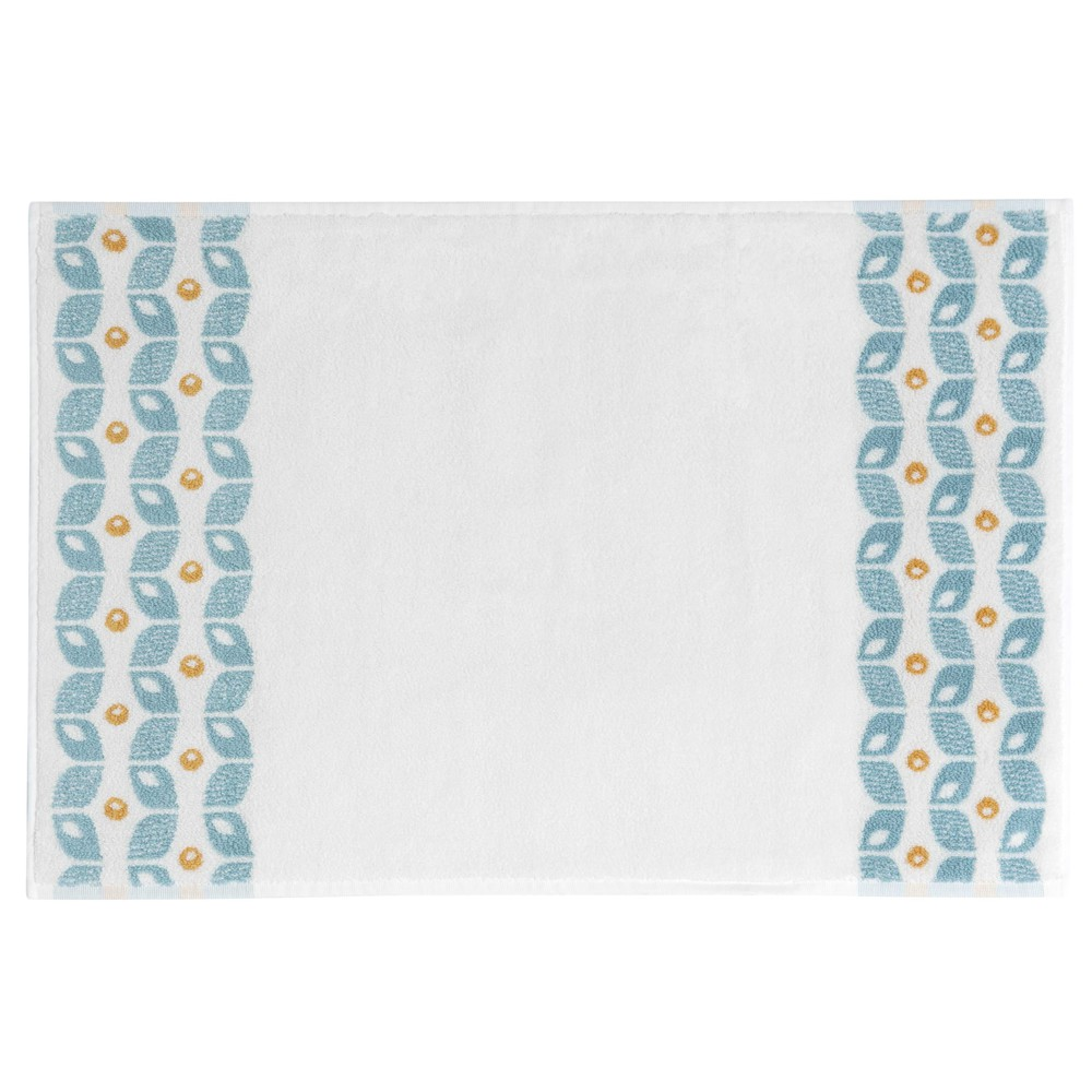 tapis de bain en coton blanc motifs jaunes et bleus 50x80cm vintage maisons du monde. Black Bedroom Furniture Sets. Home Design Ideas