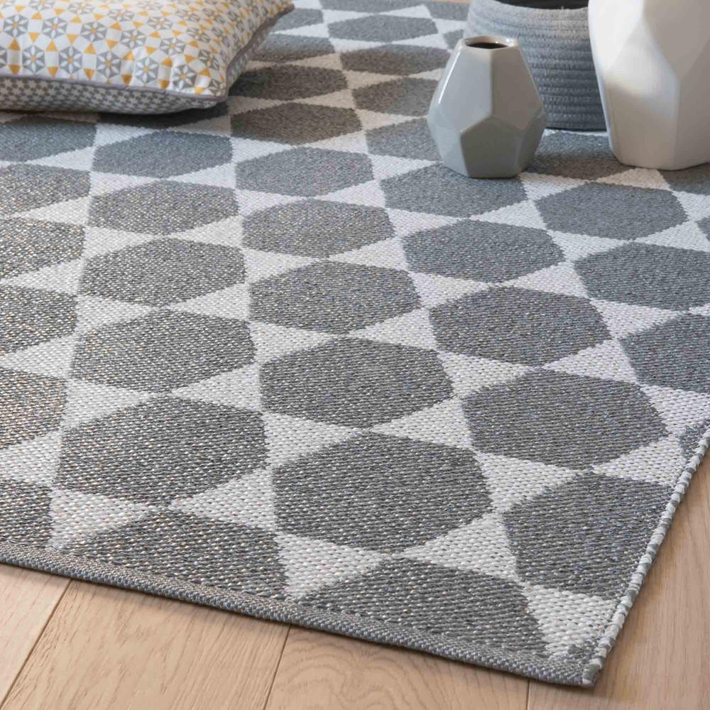 tapis en pvc gris blanc 90 x 150 cm hailey maisons du monde. Black Bedroom Furniture Sets. Home Design Ideas