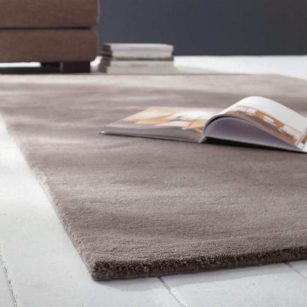 Tappeto color talpa chiaro in lana a pelo corto 200 x 200 cm SOFT ...