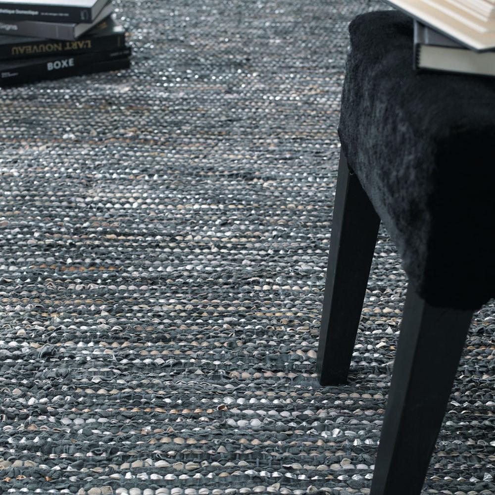 teppich basics anthrazit 140 x 200 cm maisons du monde. Black Bedroom Furniture Sets. Home Design Ideas