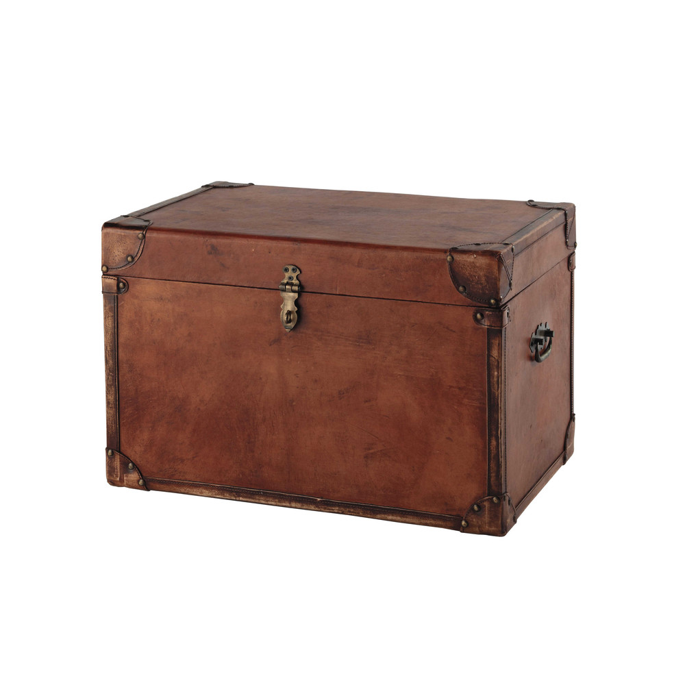 trevor goatskin trunk in brown w 58cm maisons du monde. Black Bedroom Furniture Sets. Home Design Ideas