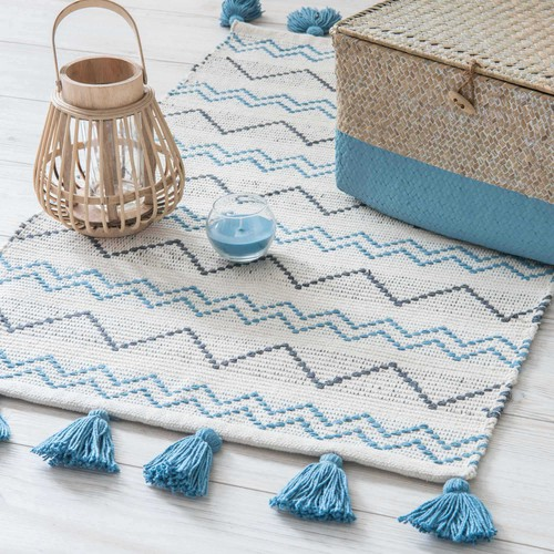 TROPEZ beige cotton rug with blue motifs 50 x 80 cm