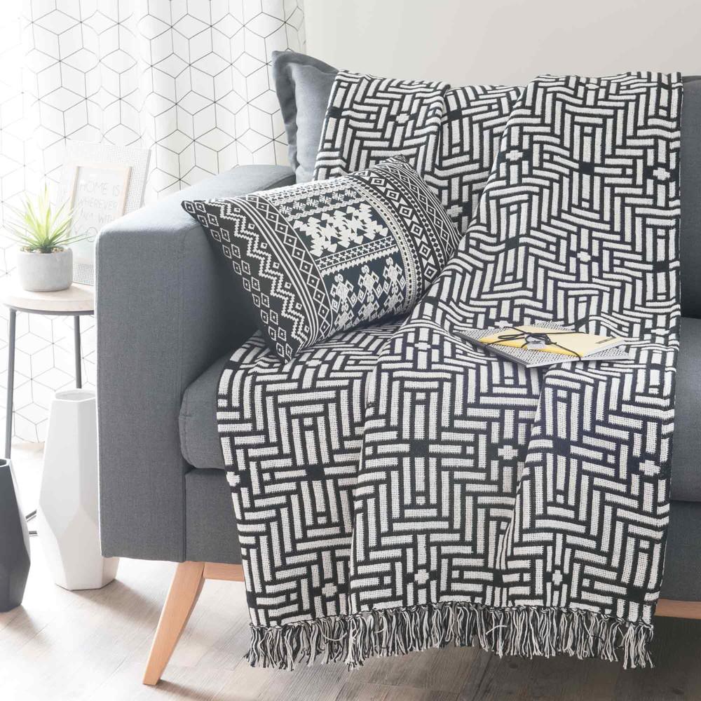 berwurf aus baumwolle schwarz wei 160 x 210 cm evora maisons du monde. Black Bedroom Furniture Sets. Home Design Ideas